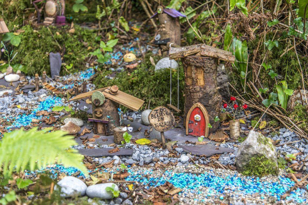 Gallery_Sun_Trail_Chris_Moos_Fairy_Village_Brigits_Garden