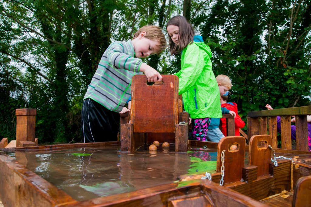 Gallery_For_kids_Children_getting_to_grips_with_water_engineering_at_Brigits_Garden_Galway